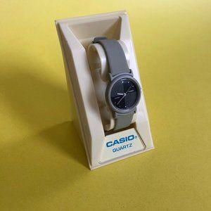 VINTAGE Casio Women's Watch (NEW BATTERY)